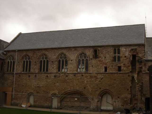 Cleeve Abbey masonry and roof